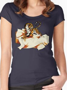 Tiger in Bed Women's Fitted Scoop T-Shirt
