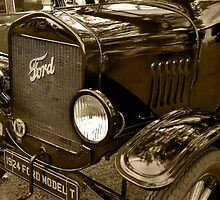 1924 Ford Model T by Geoff Carpenter