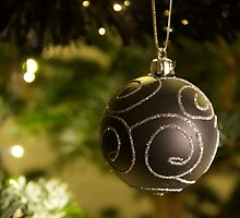 Bauble on the tree by TheRetroJunkie