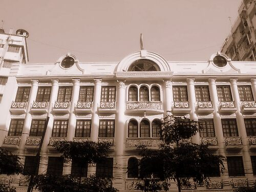 Calcutta Building by barkha