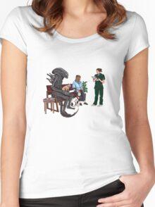 Alien Takes Jonesy to the Vet Women's Fitted Scoop T-Shirt