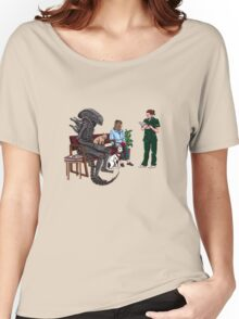 Alien Takes Jonesy to the Vet Women's Relaxed Fit T-Shirt
