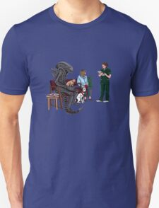Alien Takes Jonesy to the Vet Unisex T-Shirt