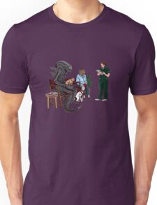 Alien Takes Jonesy to the Vet Unisex T-Shirt