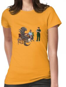 Alien Takes Jonesy to the Vet Womens Fitted T-Shirt