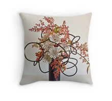 Ikebana-061 Throw Pillow