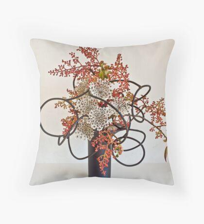 Ikebana-061 Throw Pillow