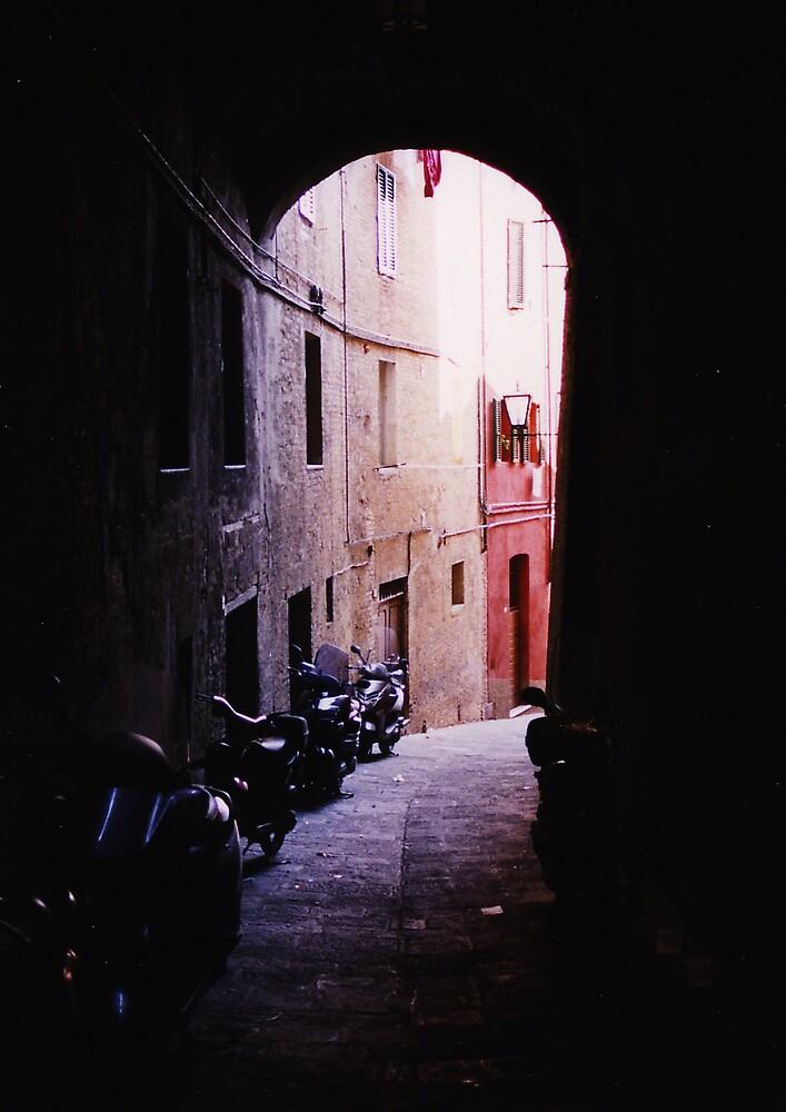 Siena Piaggios by bigufe