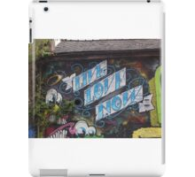 Live love now street art Cork iPad Case/Skin