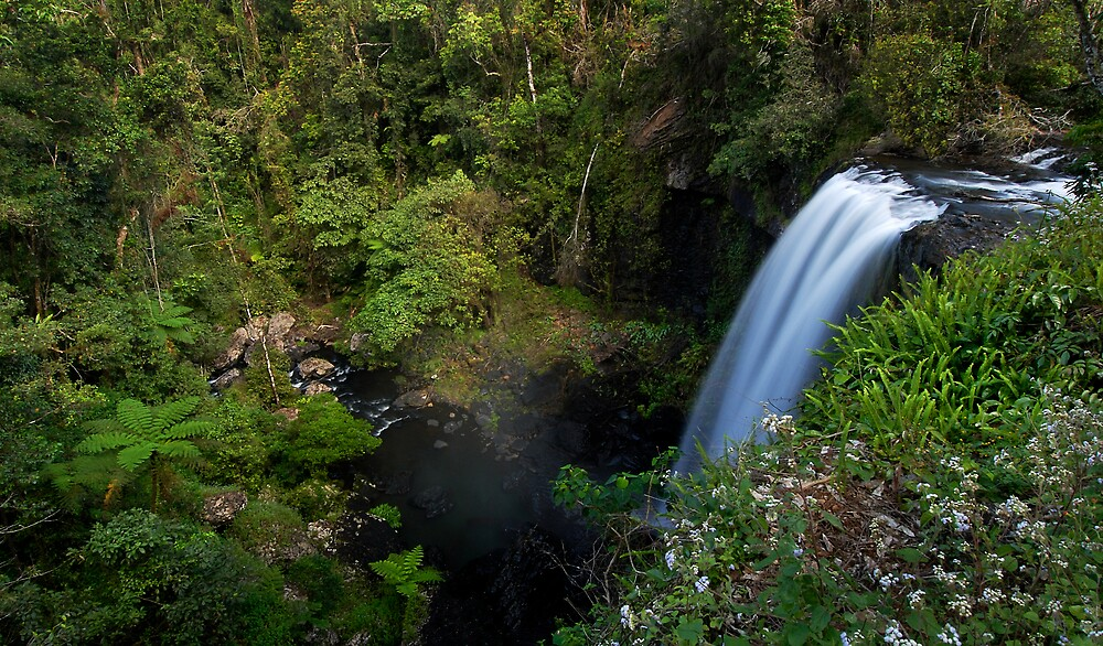 Tableland Waterfalling by Robert Mullner