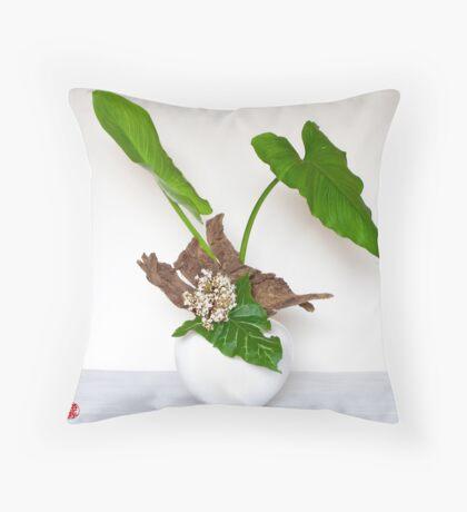 Ikebana-014 Throw Pillow