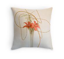 Ikebana-005 Throw Pillow