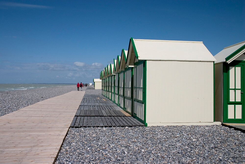 Beach huts in France by pukrik