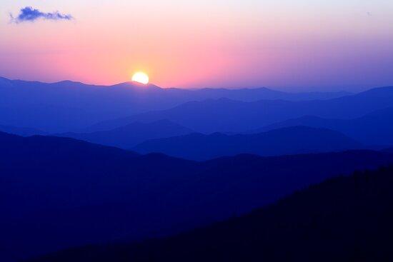 Mountain Sunset by Gary L   Suddath