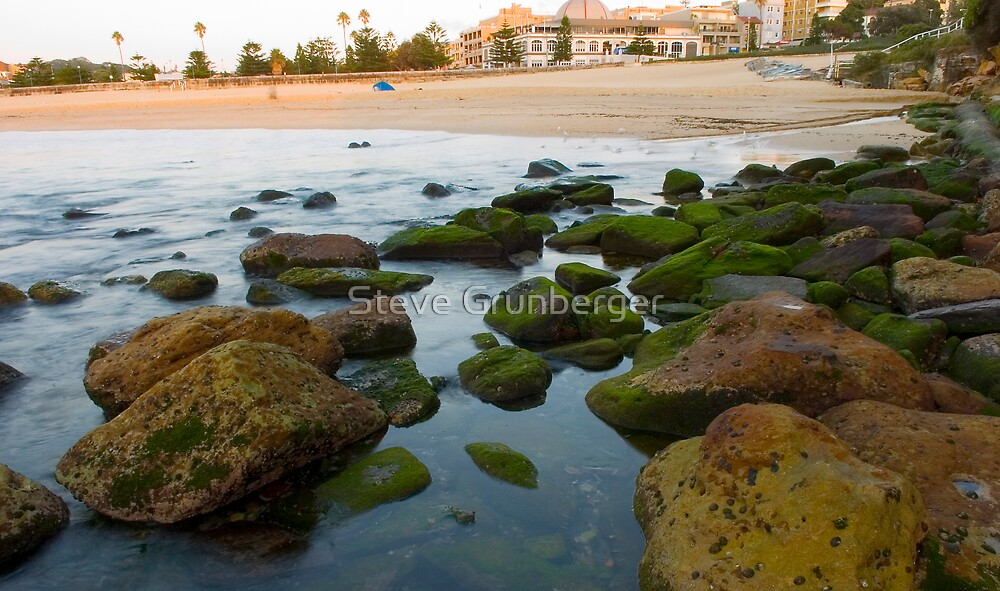 Coogee Beach at Sunrise by Steve Grunberger