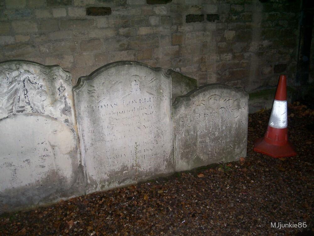 modern grave by MJjunkie86