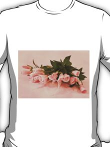 Peach Godetia's And Lace  T-Shirt
