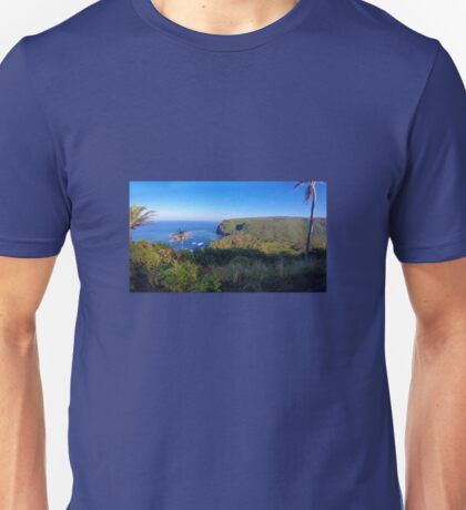 Pololu Valley--Wide Angle Unisex T-Shirt