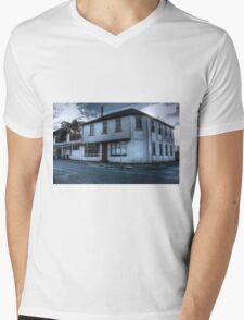 Prince of Wales Hotel, Evandale Mens V-Neck T-Shirt