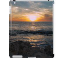 Sky Sun Sea iPad Case/Skin