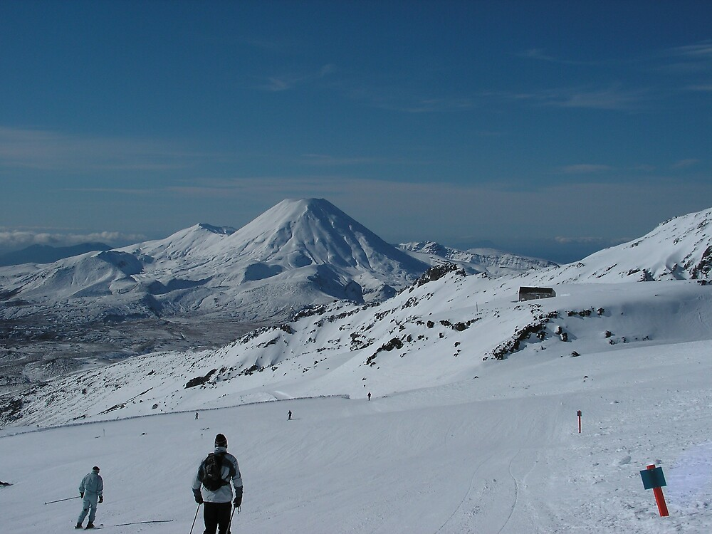 Skiing slopes in NZ by jillandian