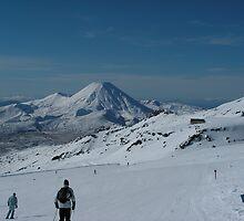 Skiing slopes in NZ by jillandian
