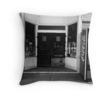 Country Store, Walling Tennessee Throw Pillow