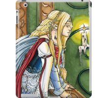 Faerie Queen in Candle lit Chamber iPad Case/Skin