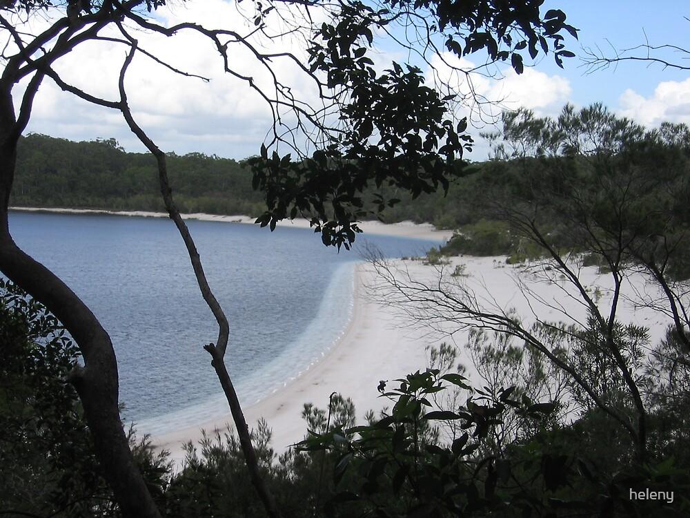 Lake MacKenzie by heleny