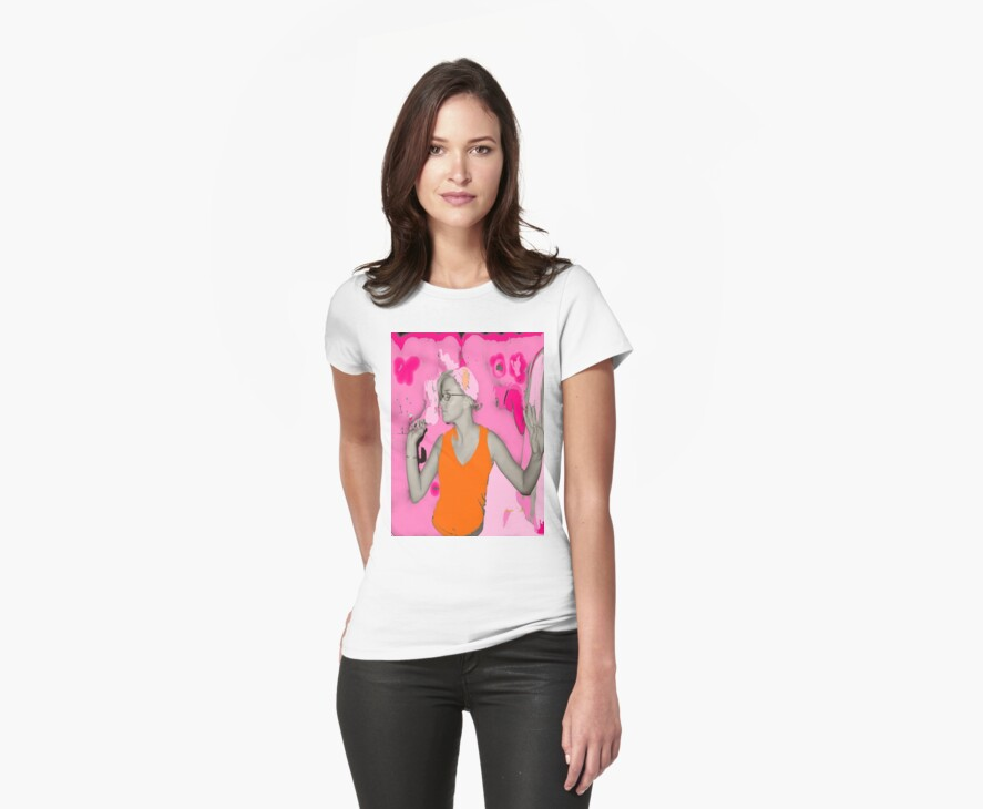 I Dream in Pink T-shirt by Amedori