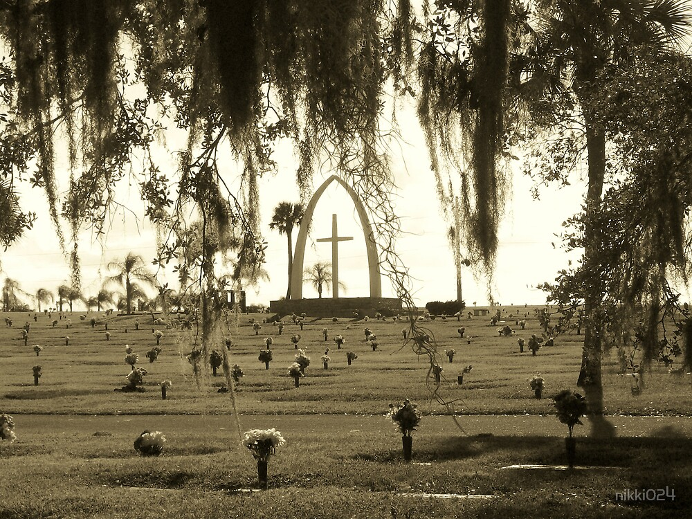 GRAVE YARD by nikki024