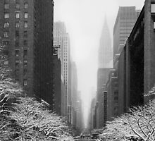 New York - 42nd street by Yannick Verkindere