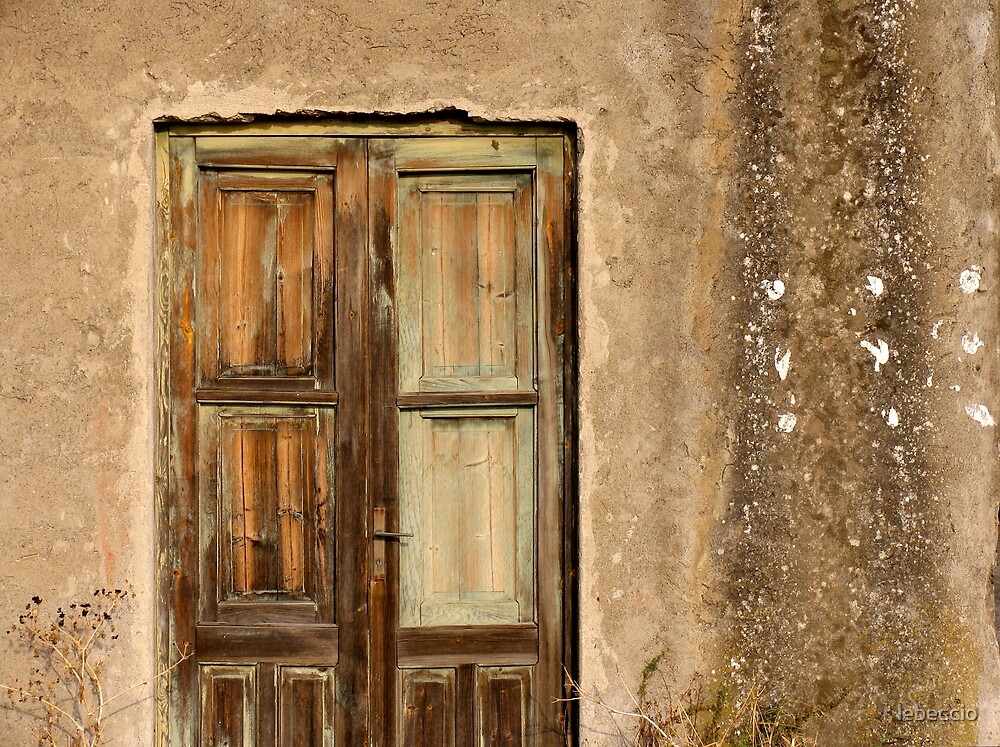 Door in Stromboli by lebeccio