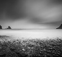 Talisker Bay - Isle of Skye by scottalexander