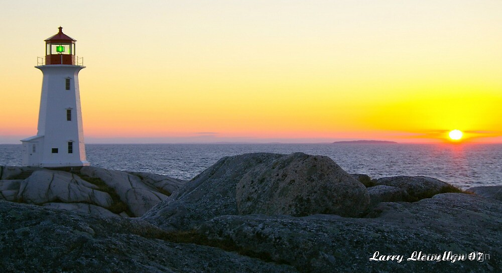 A Setting Sun by Larry Llewellyn