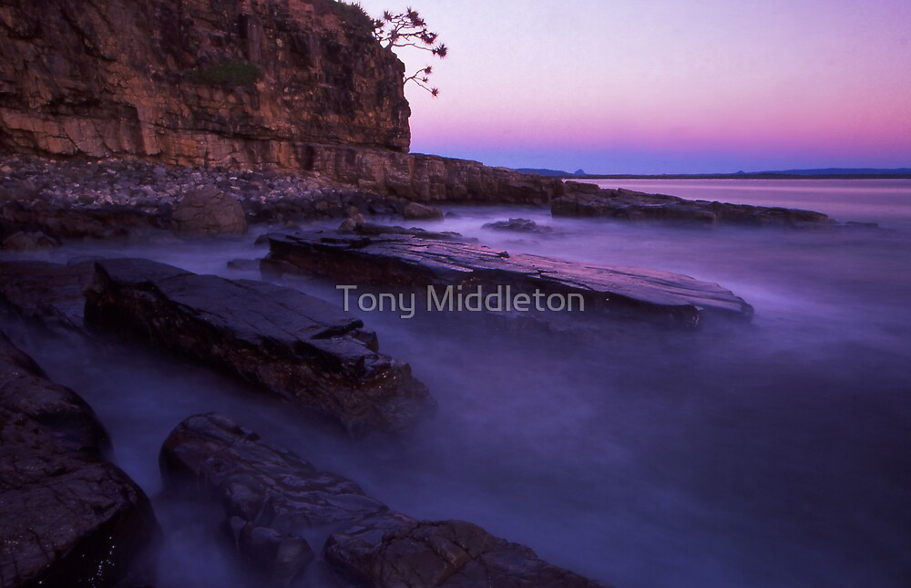 rock slabs - Noosa heads by Tony Middleton
