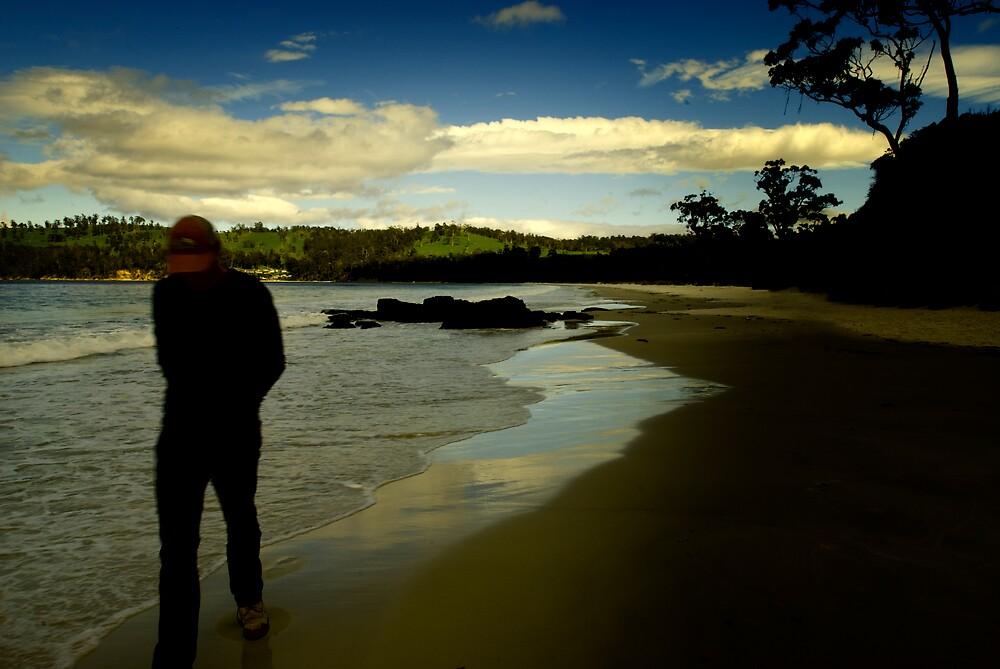 Mulling over - beach walk. by Melinda Kerr