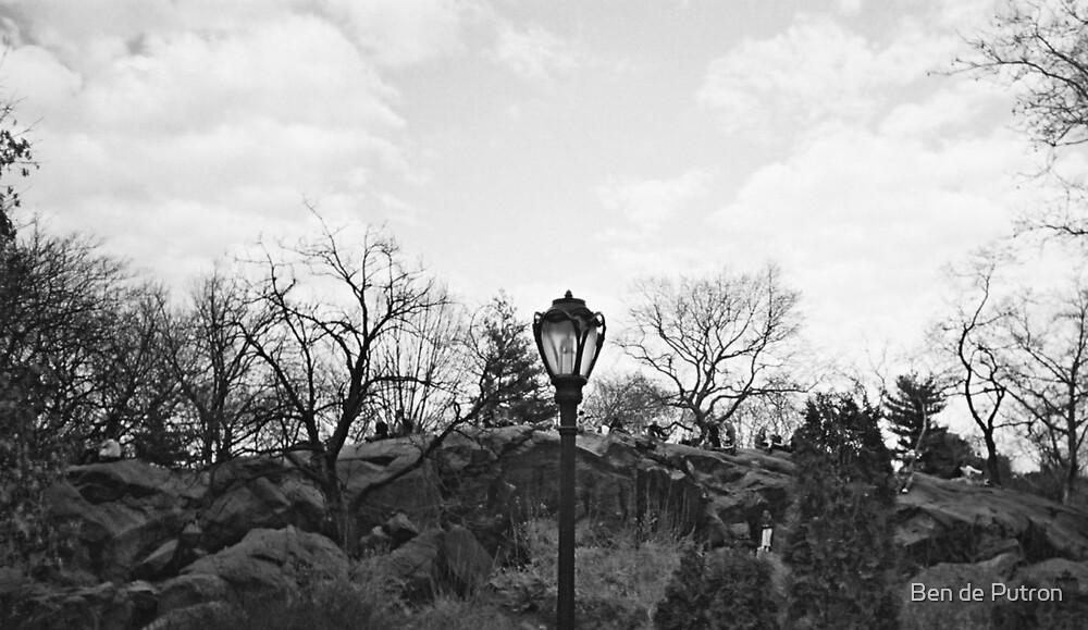 Girl hiding in the Rocks by Ben de Putron