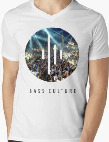 """Bass culture logo """"party people"""" Mens V-Neck T-Shirt"""