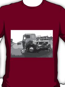 "Unique and rare 1980 Race Trucks France 15 (n&b) (t) "" fawn paint Picasso ! Olao-Olavia by Okaio Créations T-Shirt"