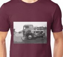 "Unique and rare 1980 Race Trucks France 15 (n&b) (t) "" fawn paint Picasso ! Olao-Olavia by Okaio Créations Unisex T-Shirt"