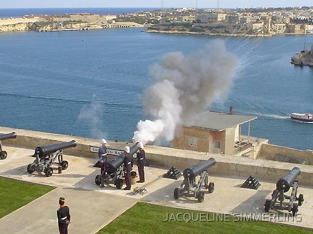 Noon day cannnon at Valletta by JACQUELINE SIMMERLING