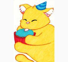 Kitty Wuv Cupcake Unisex T-Shirt