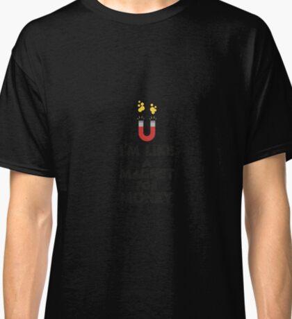 Like a magnet for money Rb07v Classic T-Shirt