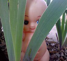 dolly hiding  by bellebuckley