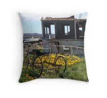 photoj - Tas 'Low Head' Throw Pillow
