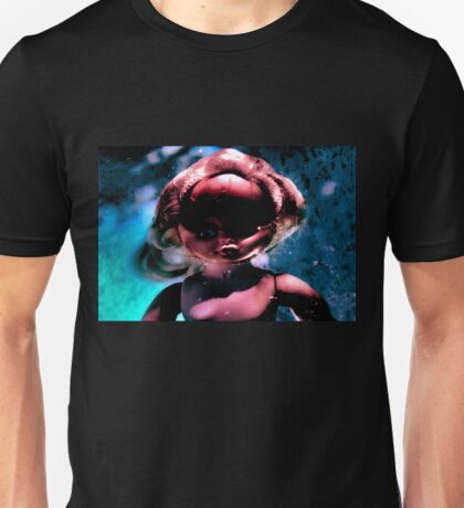 doll under water 6 Unisex T-Shirt