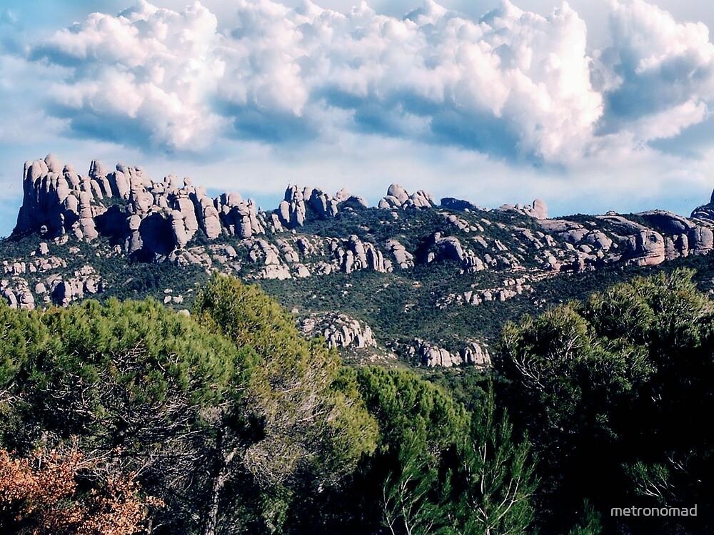 Approaching Montserrat by metronomad