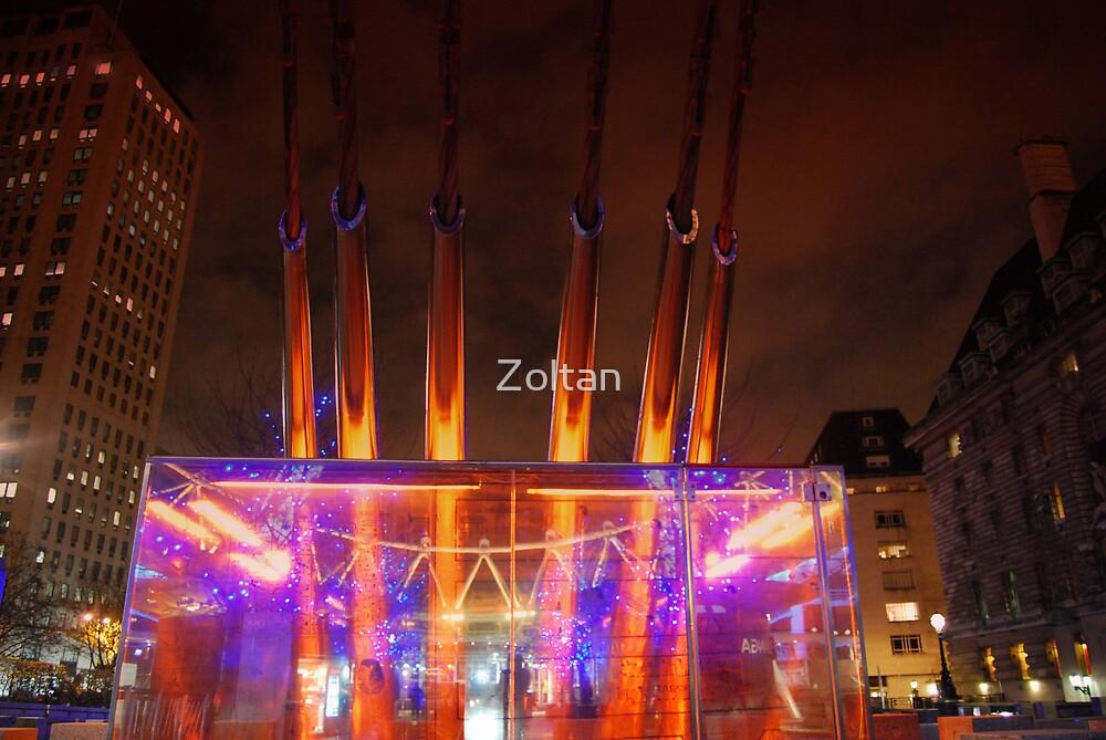 London eye  by Zoltan