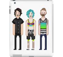 p-more pixels iPad Case/Skin